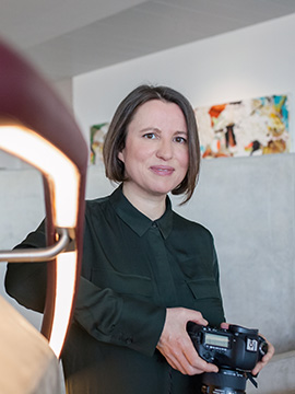 Portrait of York wedding photographer Olivia Brabbs www.oliviabrabbs.co.uk